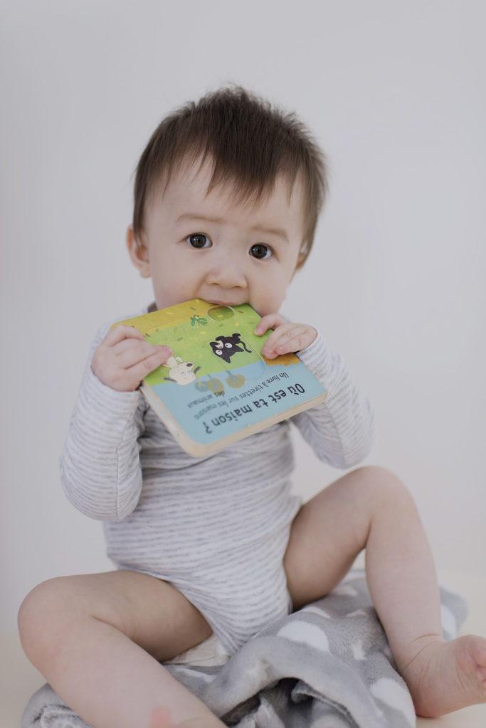 bébé assis 9 mois